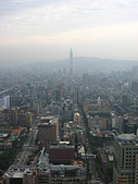 2006年11月25日22屆新光三越登高:IMG_1210目前的世界第一高樓.JPG