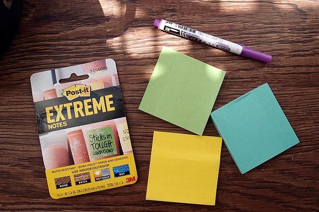 3M Post-it 利貼極黏便條紙,室內戶外貼好貼牢,防水又耐熱,好用推薦!