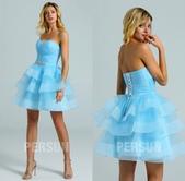 stars:robe-de-soiree-courte-bleu-azur-bustier-coeur-patineuse.jpg