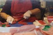 1031021>>硬邦邦好弟兄台中梧棲漁港秋蟹嗑到翻過來:PA215790.JPG