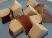 豆皮餐點:煙燻乾乳酪