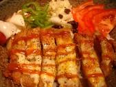 豆皮餐點:豬排飯