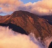 南二段名山及玉山前五峰山容:玉山西峰.jpg