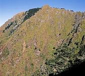 南二段名山及玉山前五峰山容:玉山前峰.jpg