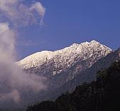 南二段名山及玉山前五峰山容:秀姑巒山.jpg