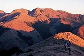 南二段名山及玉山前五峰山容:南雙頭山.jpg
