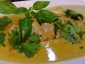南洋魚類料理:紅咖哩醬煮鮮魚.jpg