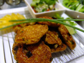 南洋魚類料理:咖哩魚餅佐黃瓜莎莎 (6).jpg
