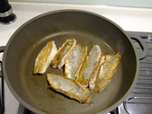 中式魚類料理:煎午仔魚片佐辣豆瓣醬汁 (5).jpg