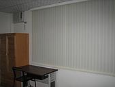 台南市衛國街(2F-1):直立式百葉簾 窗型冷氣(三洋)