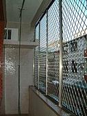 台南市衛國街(2F-1):室外陽台 防盜花格鋁窗