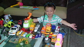 2011年Henry的生活照(二歲十一個月):DSC05175.JPG