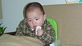 Henry嘴饞吃相:DSC02829.JPG