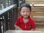 2011年Henry生活照(三歲):2011-08-28 10.29.39.jpg