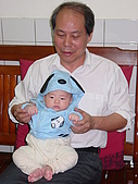 Henry生活照(四個月):DSC012691.JPG
