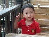 2011年Henry生活照(三歲):2011-08-28 10.29.59.jpg