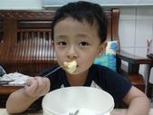 2011年Henry生活照(三歲):2011-08-27 18.56.59.jpg