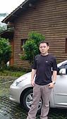 埔里日月潭:爸爸想要跟愛車照一張像.jpg.JPG