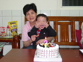 Henry阿媽過生日:DSC02670.JPG