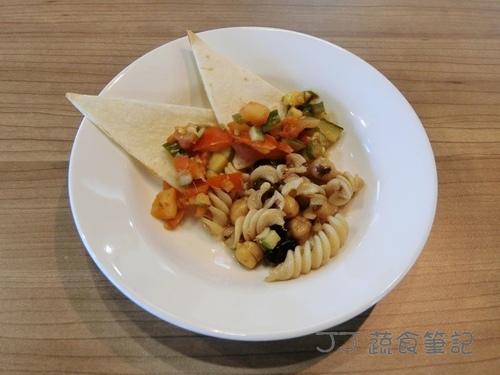 天菜豐巢-義大利麵&薄餅 JJ.JPG - 中部蔬食