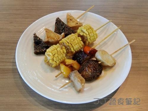 天菜豐巢-串燒 JJ.JPG - 中部蔬食