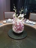 香格里拉 @ 台南:桌上有美麗的鮮花