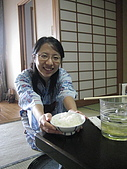 2008 Sep-04 東京蜜月 day 7 part 1:貼心老婆盛飯