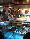 華西街之台南擔仔麵:生猛海鮮!