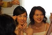 2008 June - M & J's wedding:很忙的新嫁娘