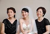 2008 June - M & J's wedding:舅媽和媽媽~