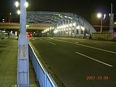 2007日本行--淺草週邊+明星手印:晚上的駒形橋。 回國前一天的深夜在淺草到處拍,趕緊留