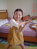 2004生活雜記:很像隔壁姊姊燕慈