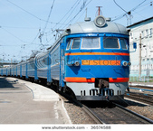 我的相簿:stock-photo-russian-electric-train-at-station-36574588.jpg