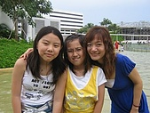 2007 5 31:雁婷 佳憓 和我.JPG