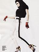 Caroline Trentini-ED(1):Vogue China January 2008-9.jpg