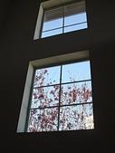 歡迎光臨我們新家:樓梯採光窗