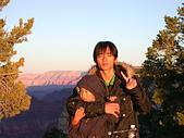 大峽谷之旅09/22/06:夕陽太強我張不開眼了