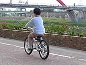 980322台北彩虹橋、101試拍:tn_P1000517.JPG