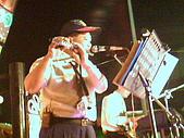 hinet*寶來KTV舞台車燈光音響*的相簿:寶來老師在舞台車上西洋橫笛-長笛爵士樂現場演奏