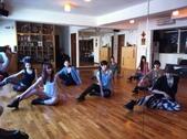 2012.11-12月份Sportking 教室每週熱門課程:熱舞 舞蹈地板動作 也是相當性感