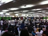 2012.11-12月份Sportking 教室每週熱門課程:教室樓下 地下街 常常有樂團表演 好熱鬧