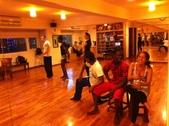2012.11-12月份Sportking 教室每週熱門課程:外國人來教室排練舞蹈