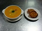西式料理教學菜:5-9-4  CARROT&APPLE SOUP  紅蘋濃湯.JPG