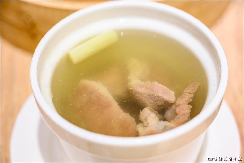 元盅牛肉湯