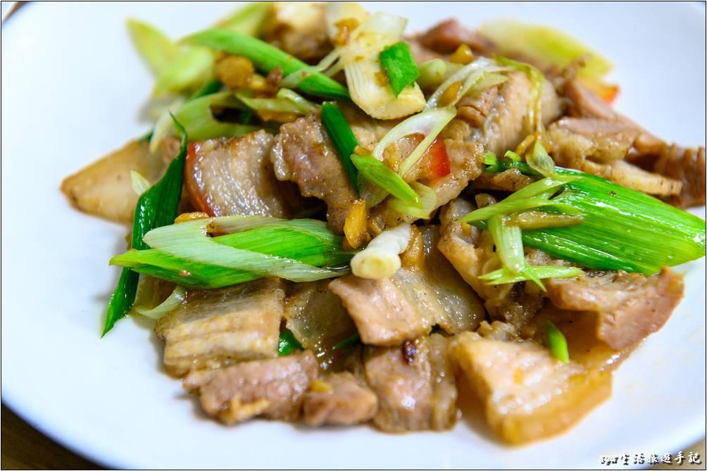 蒜苗醃豬肉