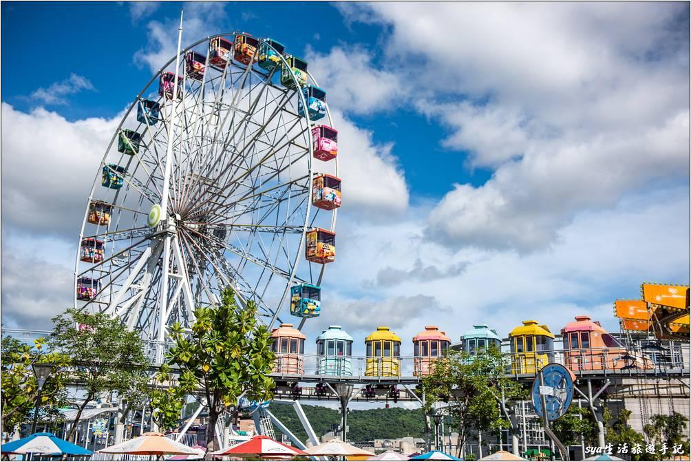 天氣好的時候,新兒童樂園五顏六色的設施就是最美的畫面