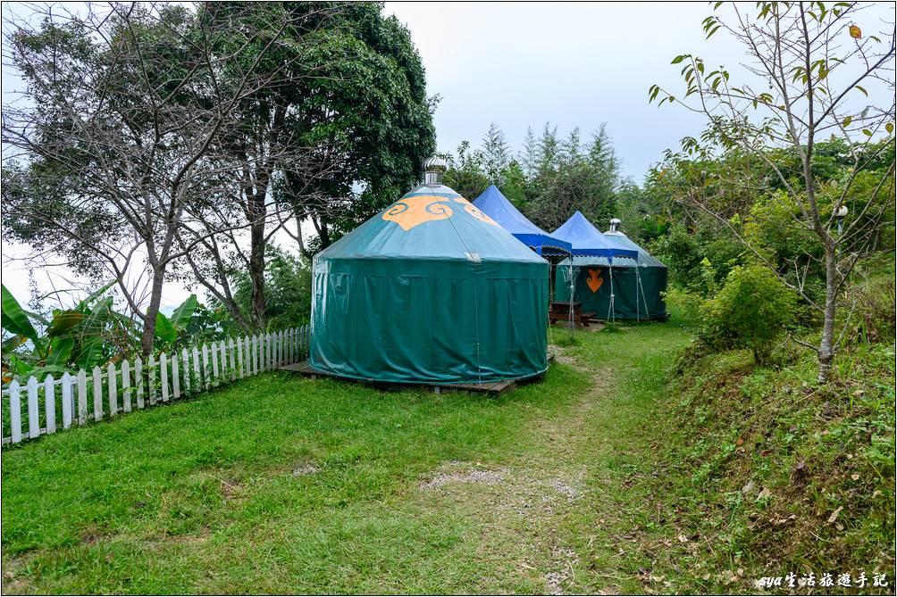 最下層的新月草原營位,是這樣兩兩相近的營位設計,因此如果是好友一起來訂位時,可以注意一下營位的組合。