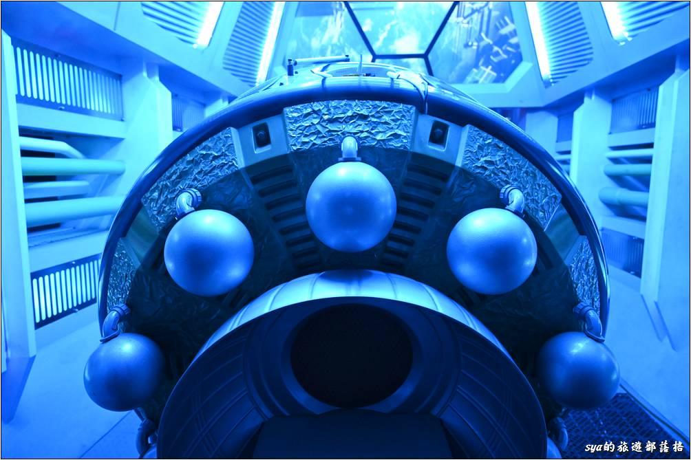 太空探險車探索宇宙