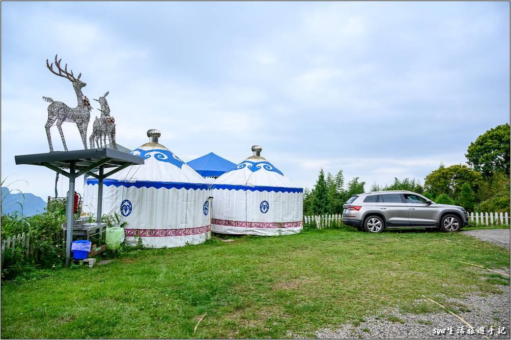 新月草原的蒙古包