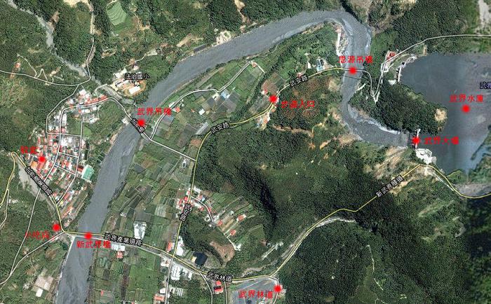 我們再來參考一下這個我標註過的google map作為說明,圖中標示法治村附近的景點相對位置資訊,希望能對來這裡旅遊的人有所幫助。或是可以參考下面這個我新增的Google Map上的武界地區景點圖。